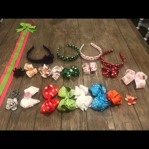 Other - Large lot of hair bows 🎀 and bow holder